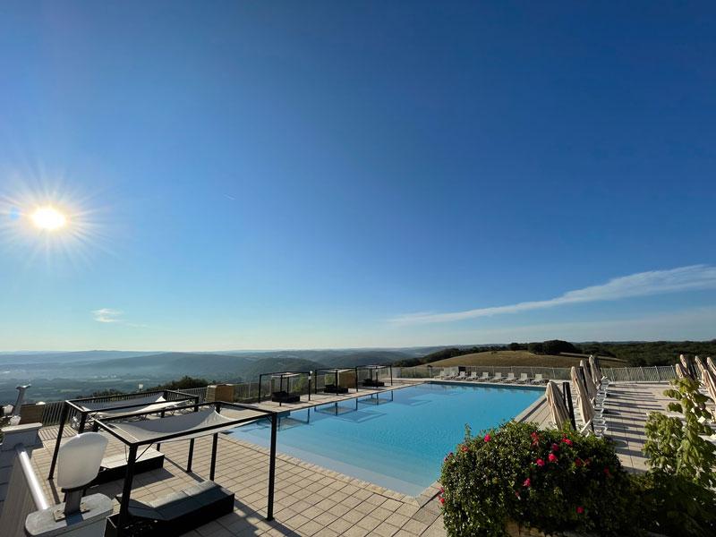 Zwembad met uitzicht: Domaine de Lanzac, Francecomfort